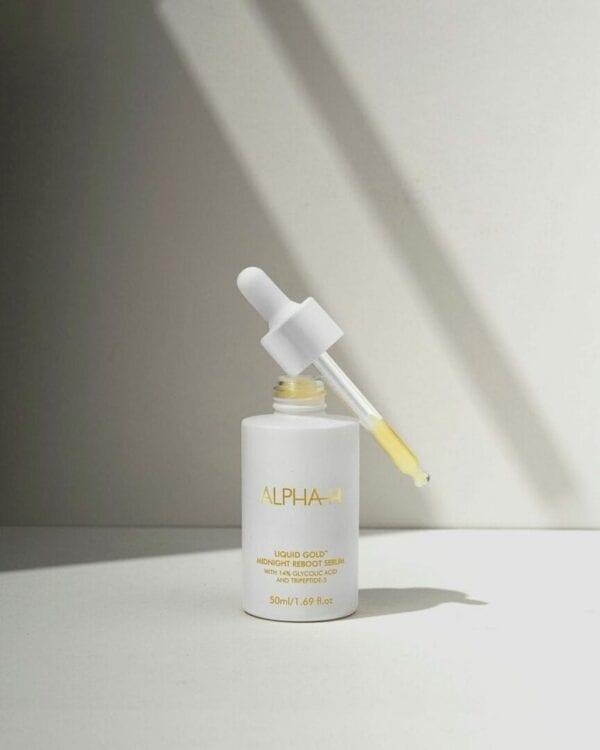 Alpha- H - Liquid Gold Midnight Reboot Serum 14% glycolzuur en 1% granactive retinoïde (vitamine A, Retinol) tegen huidveroudering