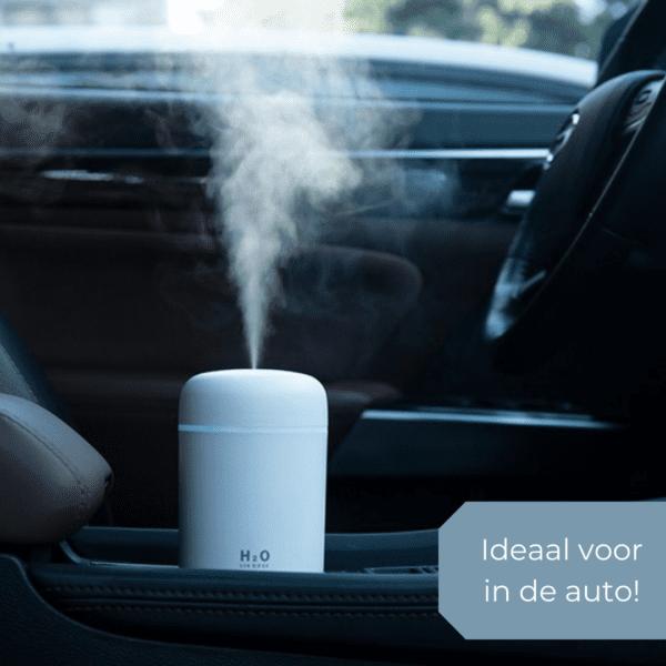 Sfeerbeeld luchtbevochtiger in auto
